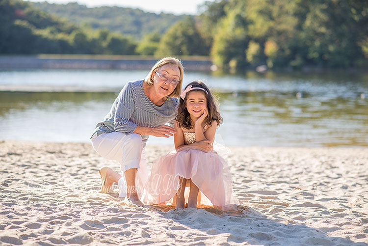 Sunset on the lake beach session | Frederick family photographer
